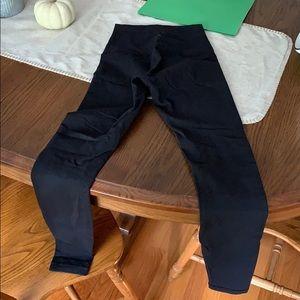 """Lululemon Wunderunder 28"""" leggings"""
